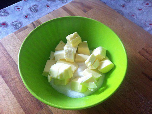 Ricette di Natale, cosa possiamo cucinare con il burro (ingrediente della tradizione natalizia)