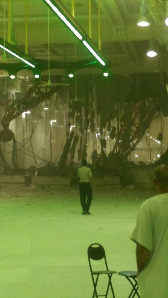 В годовщину 11 сентября в Мекке случилась локальная катастрофа.Кран упал на мечеть с паломниками.