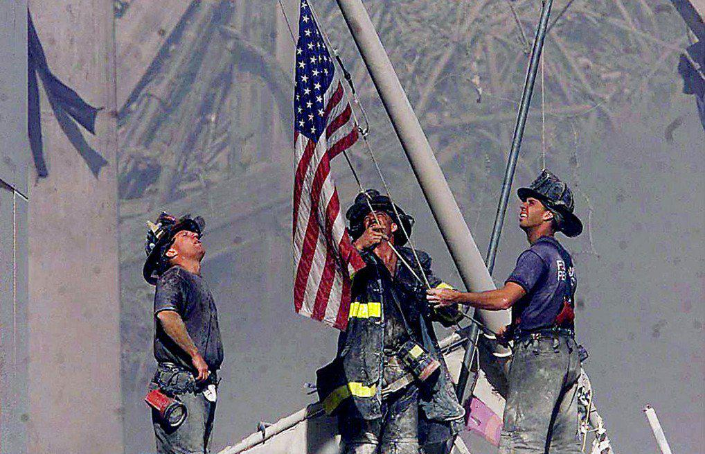 Take a moment out of your crazy day and think of all the things you have to be grateful for. #neverforget http://t.co/bCXD5QCxKP