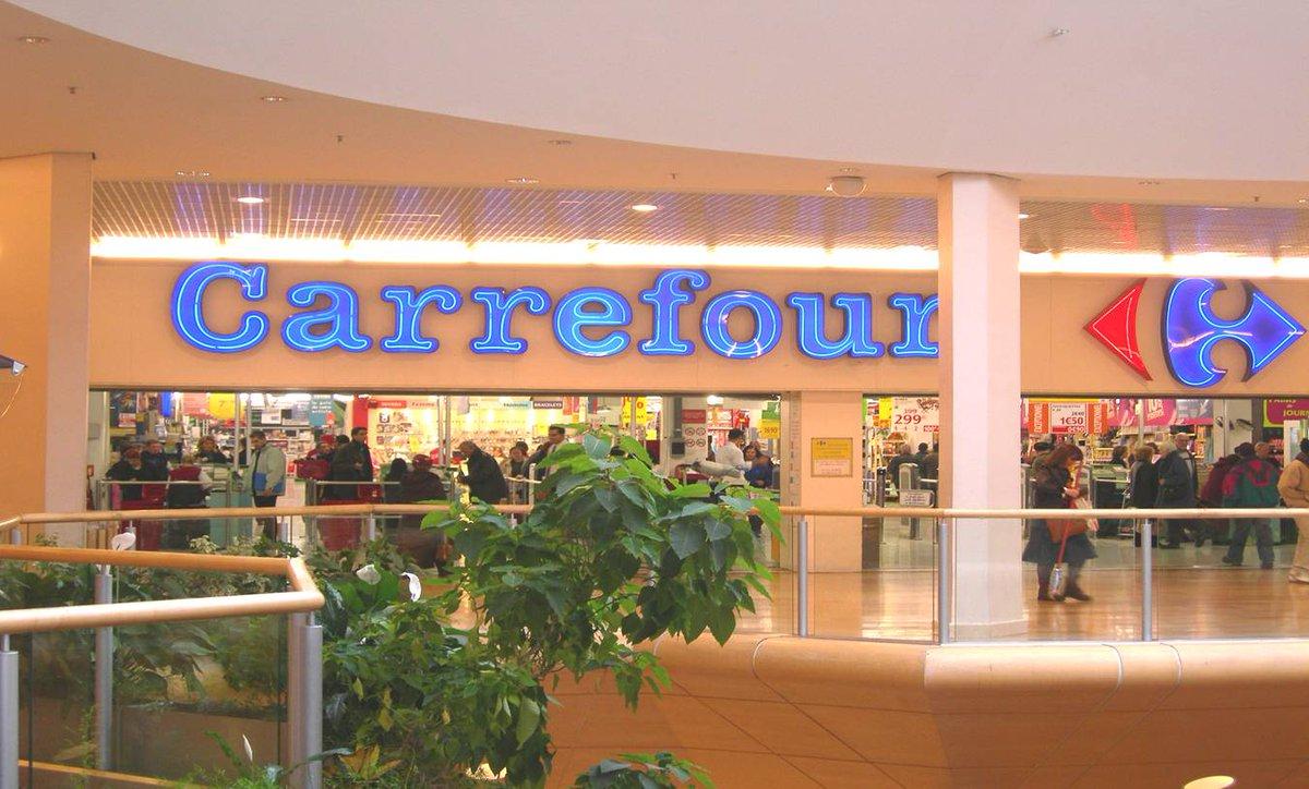 """""""Sedia in legno di Acacia"""": richiamo Carrefour per rischio sicurezza"""