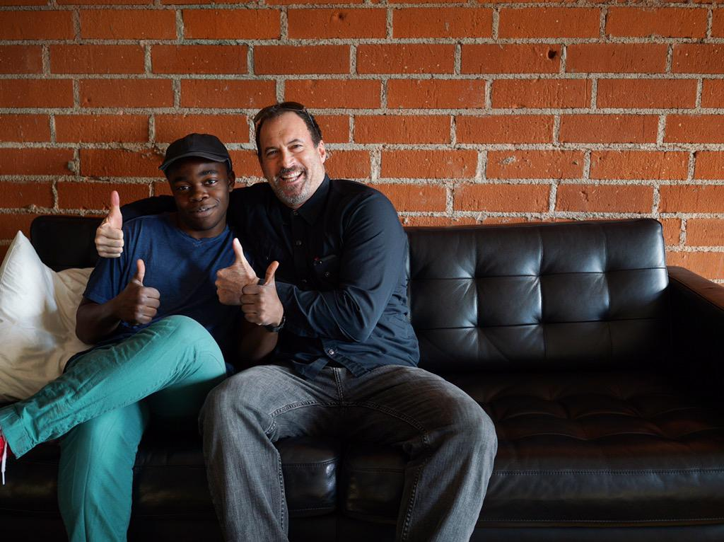 gilmore single guys Gilmore guys is an audio podcast that follows kevin t porter and demi adejuyigbe as they watch every episode of the television series gilmore girls the.
