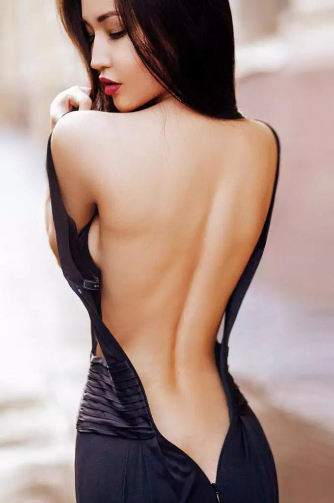 I have prayed in your back, temple of all your heavens.  @shesallsoul #allaboutbacks . http://t.co/ua9r7MlgWW