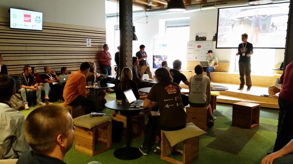 Let the show begin... =) #measurecamp http://t.co/z31UPcxMAq
