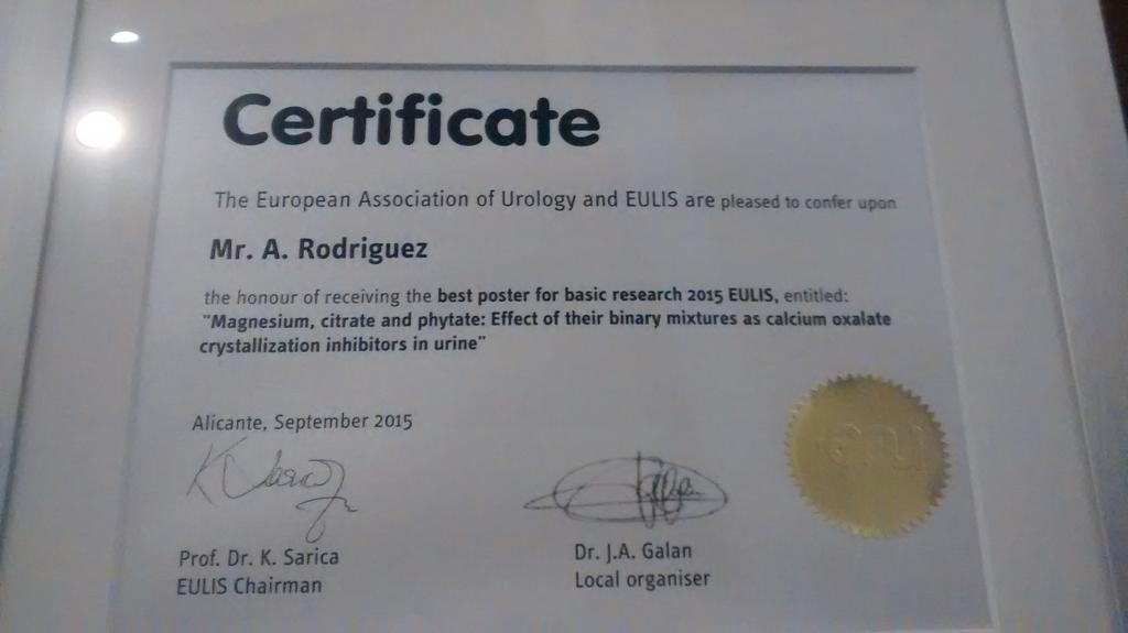 Thank you to the #EULIS15 for the best poster award in basic research to our team! http://t.co/5I6iTsrOgq