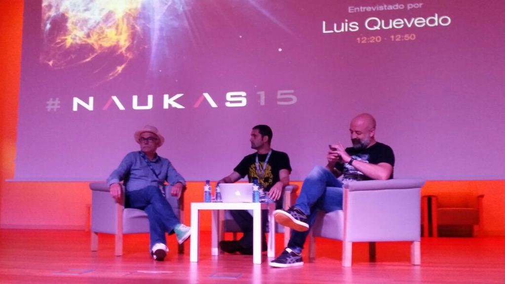 Gran tertulia en #Naukas15 de @luis_quevedo @eudaldcarbonell y @Goyojimenez