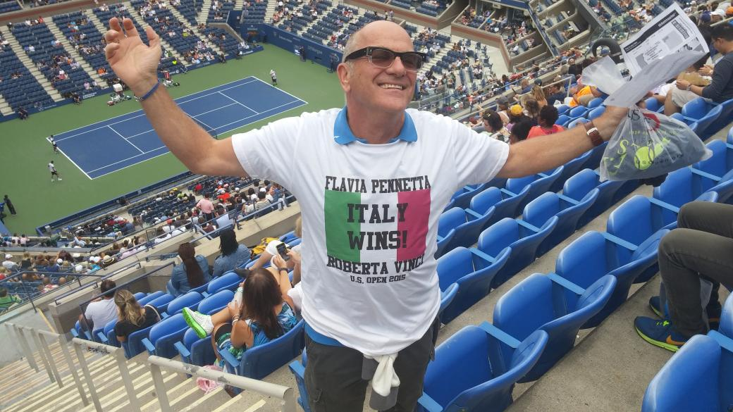 Unofficial but amazing commemorative t-shirt for the 2015 US Open Women's Final. #usopen http://t.co/88lgZQAQO7