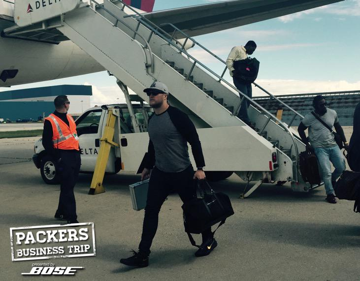 On the ground in Chicago.   #PackersBusinessTrip #GBvsCHI http://t.co/ag5a4XAWTx