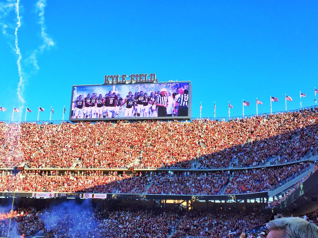 Now this is the way to start the first game at the new #KyleField! She's a beauty. @tamu @AggieFootball http://t.co/b8V9GhabFd