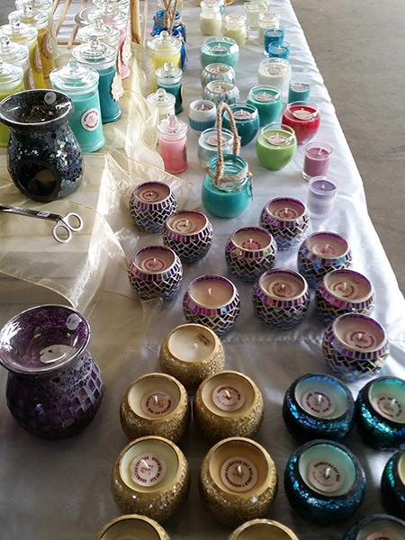 The Shalom Markets have handcrafted pieces on sale including jewellery, crafts, candles + more. #ShalomMarkets http://t.co/5WVxBcLaHe