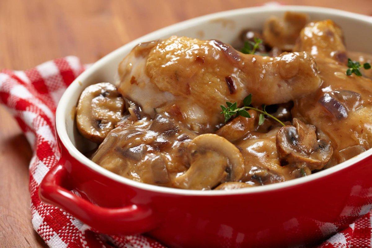 """cuisine et mets on twitter: """"poulet sauté chasseur http://t.co"""