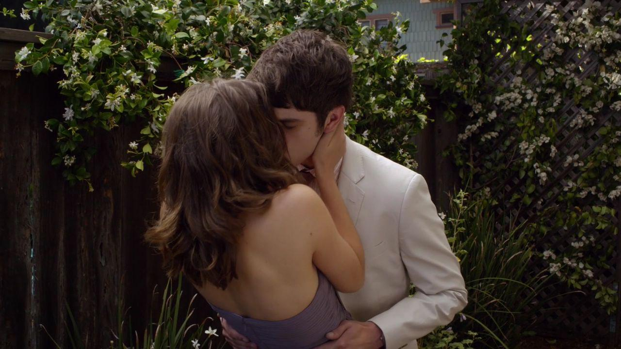 brandon and callie - the fosters http://t.co/Em3uJOER7T