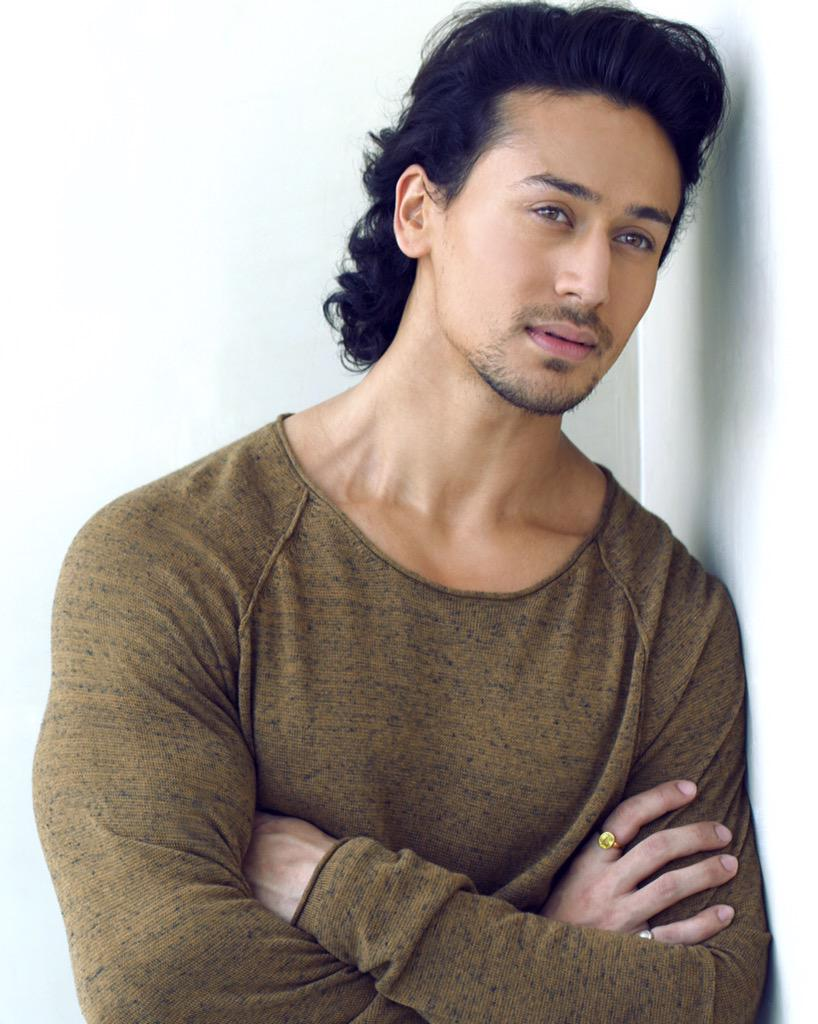 Tiger Shroff On Twitter Quot One Of Those Working Sunday S