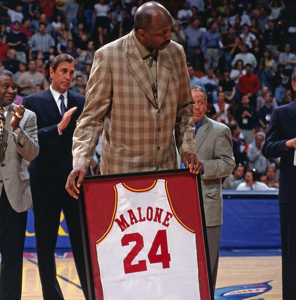 """Houston Rockets on Twitter """"R I P to Rockets legend Moses Malone"""