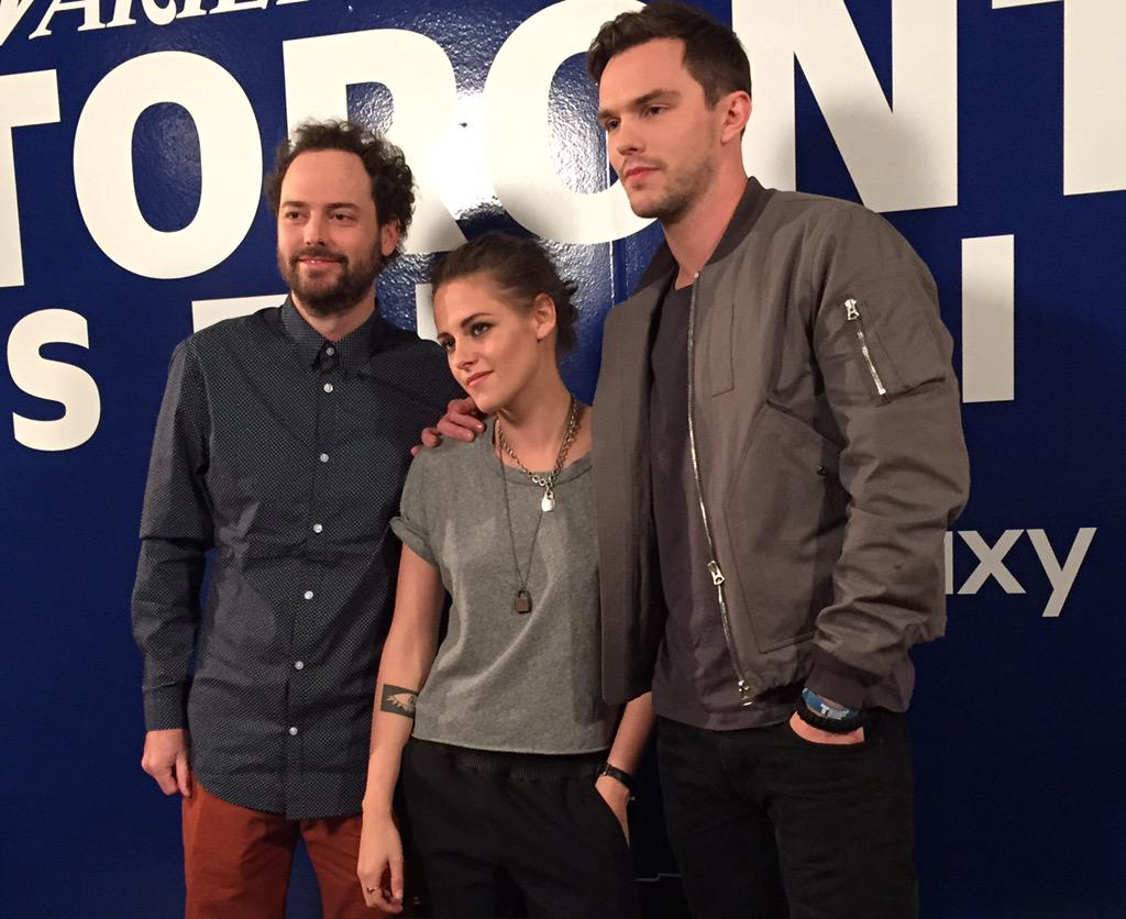 File under obvious: Kristen Stewart & Nicholas Hoult are gorgeous. Even more stunning in person #varietystudio #tiff http://t.co/oWhyjgfVe7