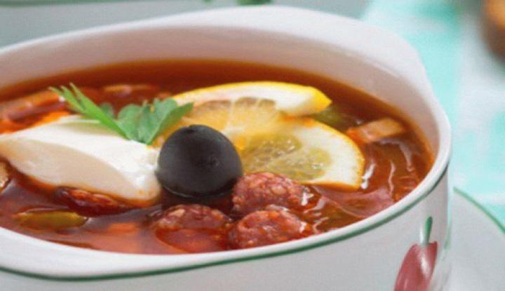 Рецепт солянки сборной мясной с грибами