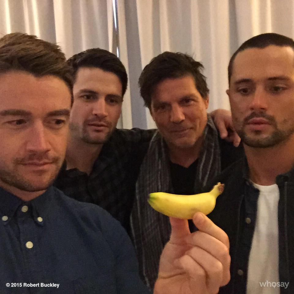 Try and not stare at the banana. http://t.co/j2lA9vxIyl