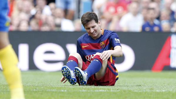 Infortunio per Leo Messi, stop di 2 mesi.