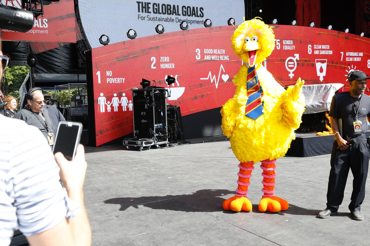 So excited to have @BigBird and @sesamestreet at the #GlobalCitizen Festival to support the #GlobalGoals! http://t.co/KESvTBjC8A