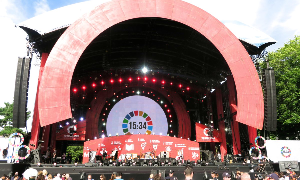 MINUTES TO GO until the #GlobalCitizen festival and we can start TELLING EVERYONE about the #GlobalGoals! http://t.co/lsKLUTVhJw