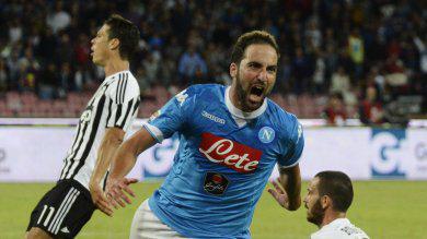 """Crisi Juventus: """"dovevano comprare Higuain dal Napoli per 60 mln e non Dybala per 40"""""""