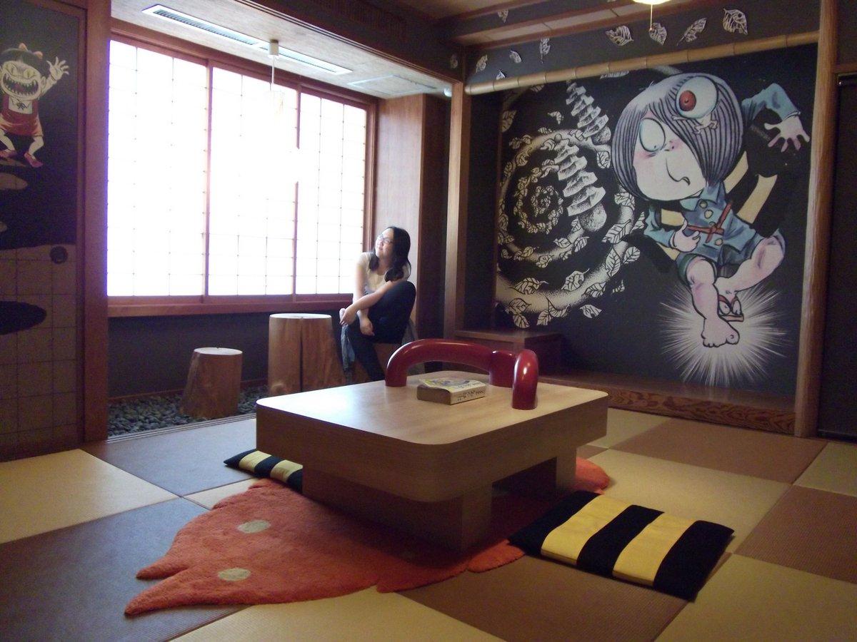 鳥取旅行で泊まったホテルすごかろ?鬼太郎ルームぜよ~。はしゃいだよ~!そりゃもうはしゃいだよ~! http://t.co/0LRxzJkEt9