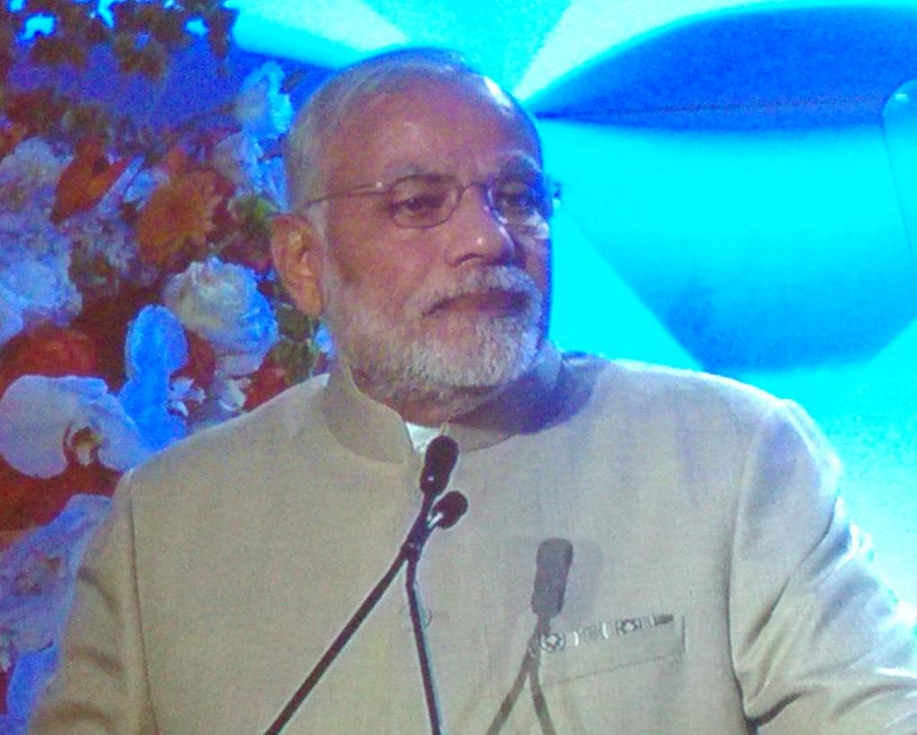 With @narendramodi at the digital dinner. He is a charming speaker http://t.co/LVKzA7CEYk