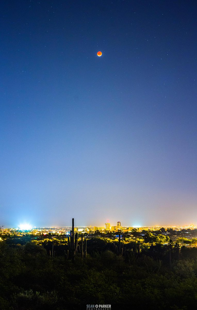 sean parker on twitter lunar eclipse in tucson arizona tonight lunareclipse superbloodmoon bloodmoon harvestmoon space spacedotcom http t co d2njpkc6co twitter