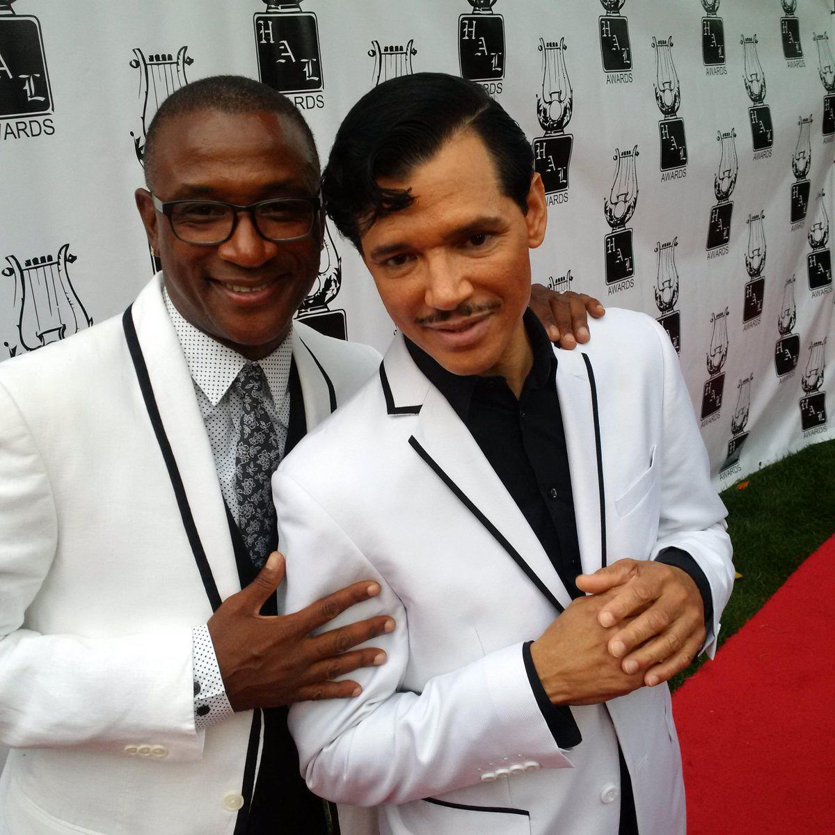 Privilege to participate in Heroes & Legends Awards tonight at Bev Hills Hotel with longtime friends like @ElDeBarge http://t.co/V4g78nMq7O
