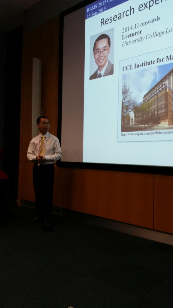 Tung Chin Lee up first talking about nanomotors! #RAMS2015conf http://t.co/U1h9iLfxSQ