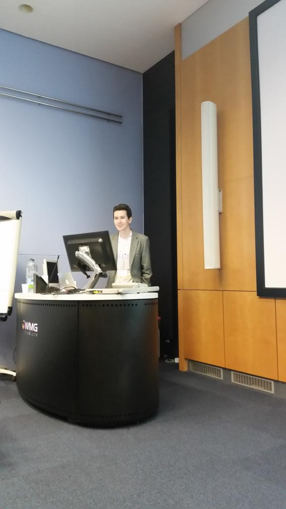 Our first plenary Aron Walsh @lonepair telling us his career journey and work on materials design http://t.co/zyDelkOzO7