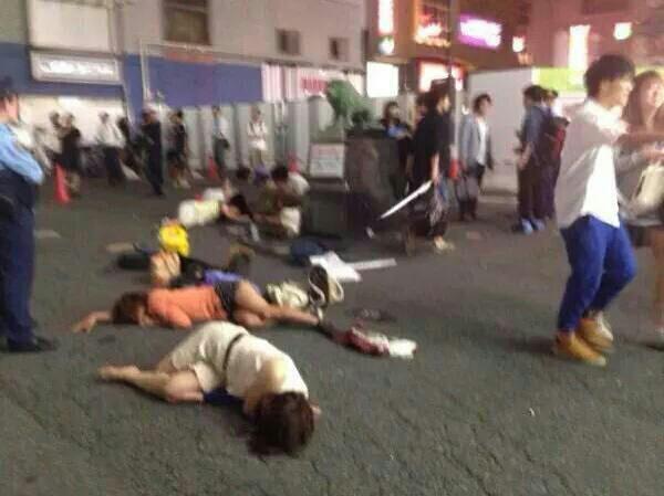 明治大学 安保反対デモ http://t.co/BiDlf4wlat