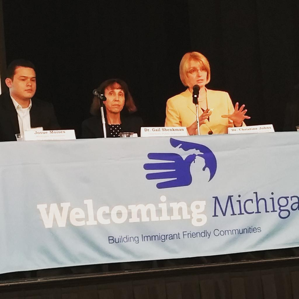 #WelcomingMI Dr. Johns talks about equality vs. #Equity  in education, access, and lanuage @GlobalDET @for_tuition http://t.co/PwqTcmFwAQ