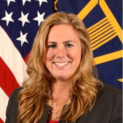 Meet our first panelist: @keitafranklin4, director of @DeptofDefense suicide prevention office. #SuicideReporting http://t.co/jm5v7qIcMc