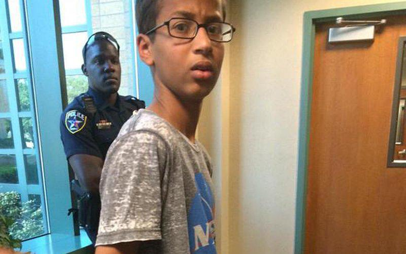 NEW: Police violated #AhmedMohamed's civil rights by keeping away his parents http://t.co/o73F1WySJv http://t.co/MpZneRguUc