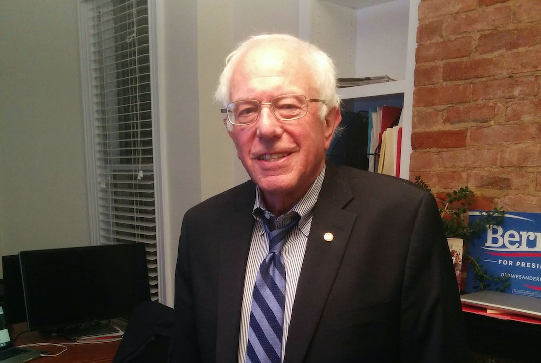 Bernie Sanders Live-Tweeted The GOP Debate, And He Did Not Disappoint