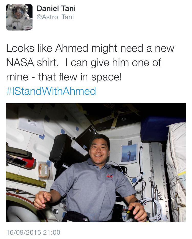 Ahmed Mohamed's already offered support from @NASA, @POTUS, @Facebook, @Twitter and countless more. #standwithahmed http://t.co/pvc9KzNmfz
