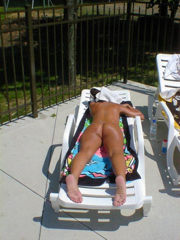 sun bathing Nudist