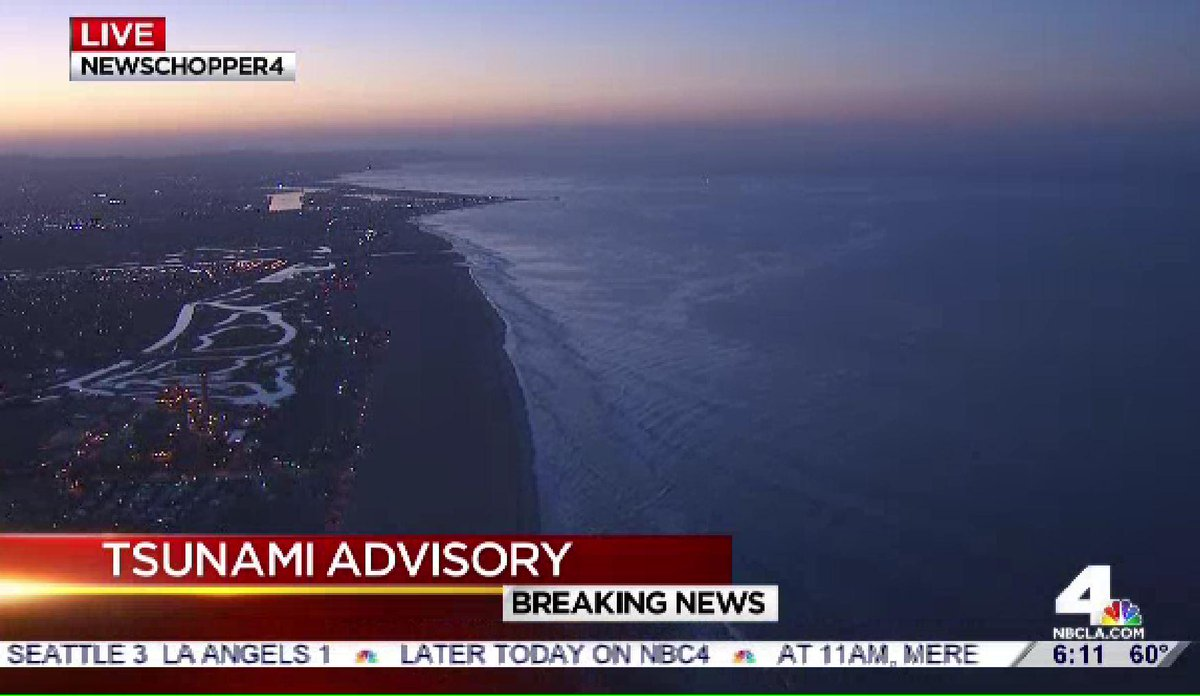 Beaches are vacant as we monitor #Tsunami Advisory. So far, less than 1' water rise in most areas.No damage reports http://t.co/SysloWRtOn