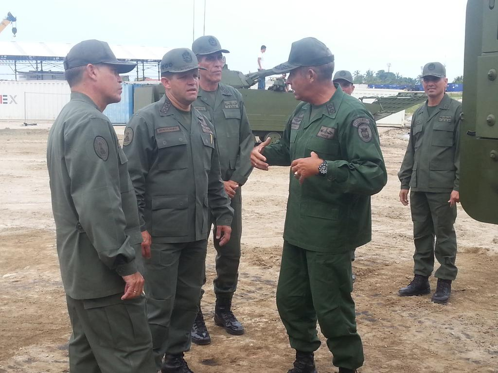 Armed Forces of Venezuela Photos - Page 2 CPGMSglWIAAet8D