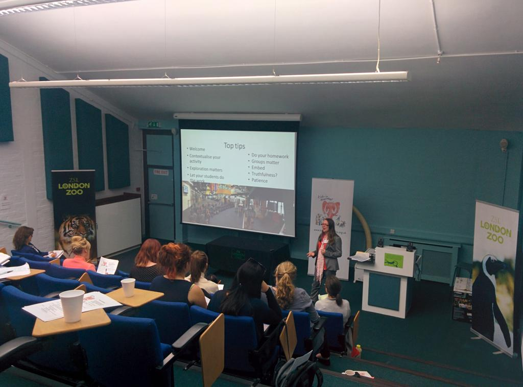 Some great top tips for welcoming YP and teachers to your museum from Jenny from @LangleyAcademy #teenworkshop MW http://t.co/Exso99hdL9