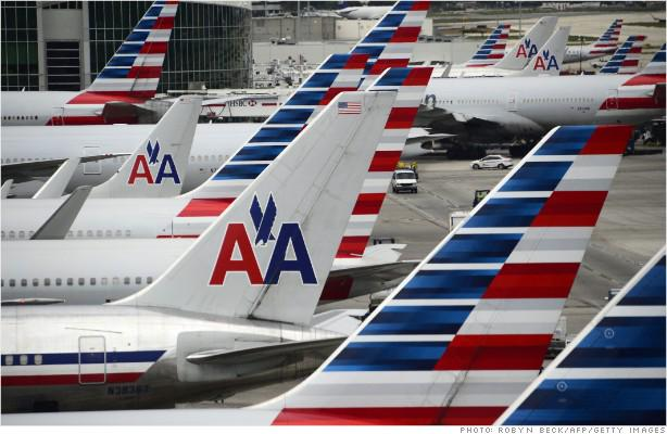 BREAKING: Technical issues ground @AmericanAir flights at three of its busiest airports http://t.co/1aeGL4i3bz http://t.co/TEQyqvOMwM