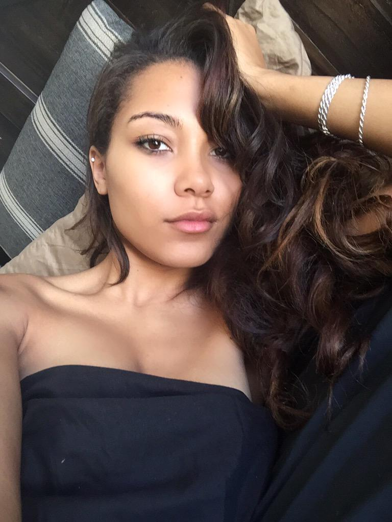 "Parker McKenna Posey on Twitter: ""All 4 U. http://t.co ... Parker Mckenna Posey"