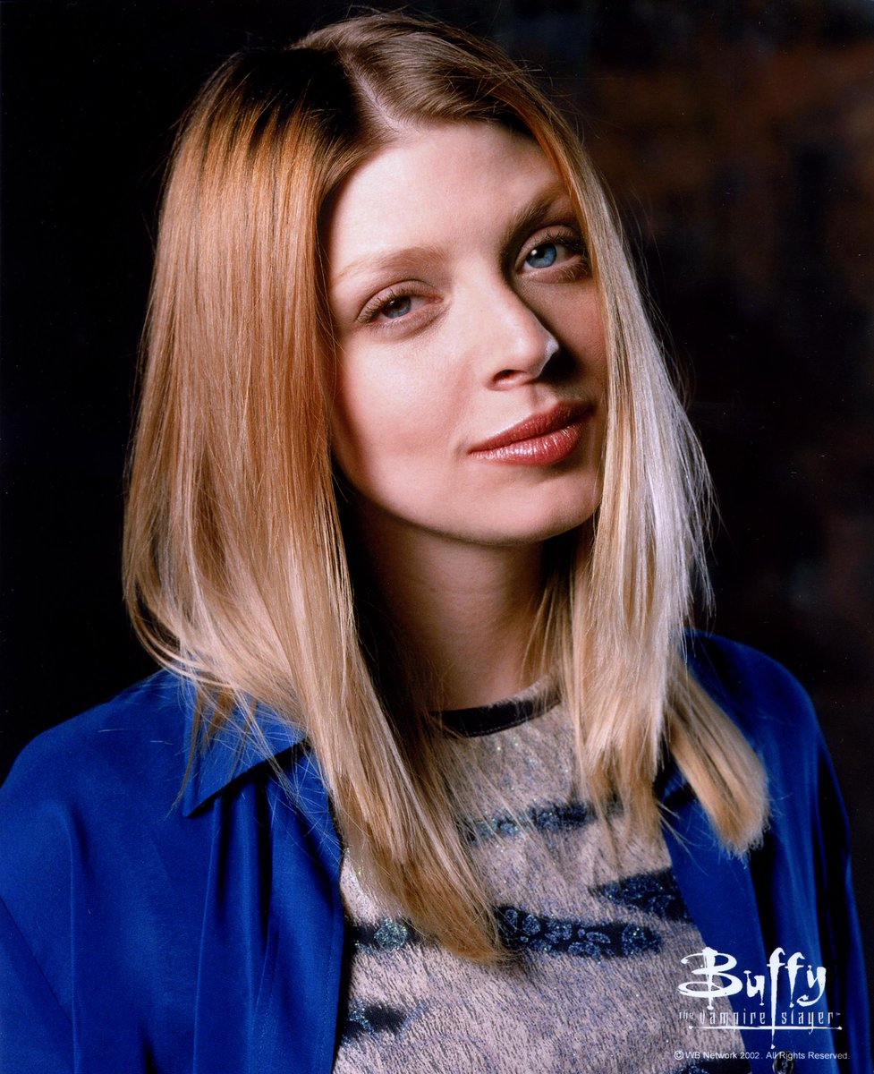 Gentle reminder, #Buffy fans: @elizadushku and @amber_benson will be @EdmontonExpo next week! http://t.co/H4bKhdx7aX http://t.co/7406QaPX19