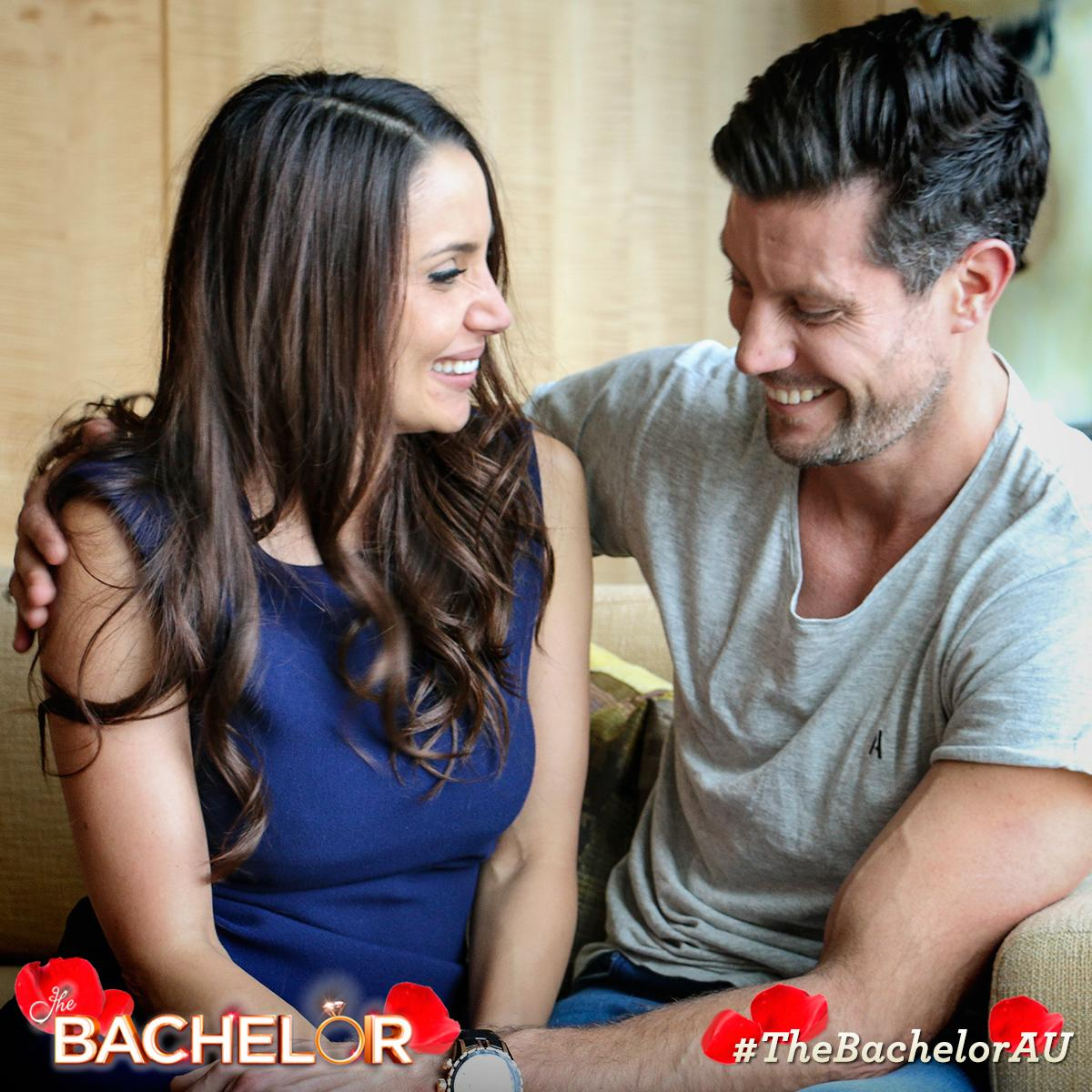 Sam Wood - Snezana Markoski - Bachelor Australia - Season 3 - Discussion - Page 3 CPKt1gFUYAAUTKI