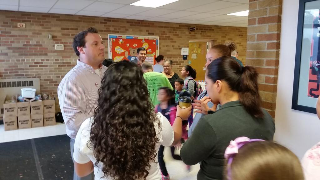 50 families have signed up this AM to support our schools at AAL #NoMPSTakeover http://t.co/d4yh1codxj