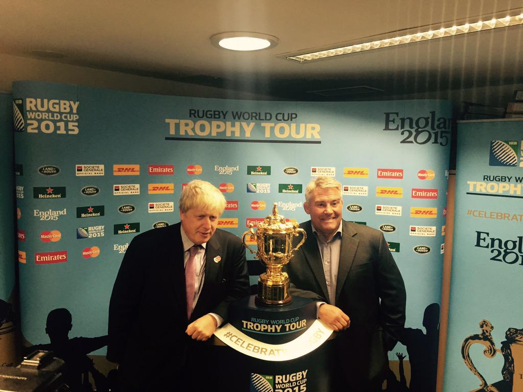Also saw @rugbyworldcup trophy which hopefully @ChrisRobshaw & team will raise in 6 weeks - good luck for tournament! http://t.co/NguhsNGSDY