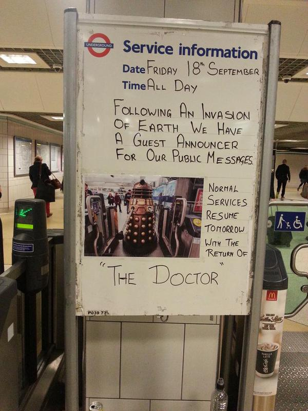 Great photo by @unloveablesteve at Liverpool St Tube today! Who was the guest announcer? #DoctorWhoTubeStations http://t.co/LOejUM9ooJ
