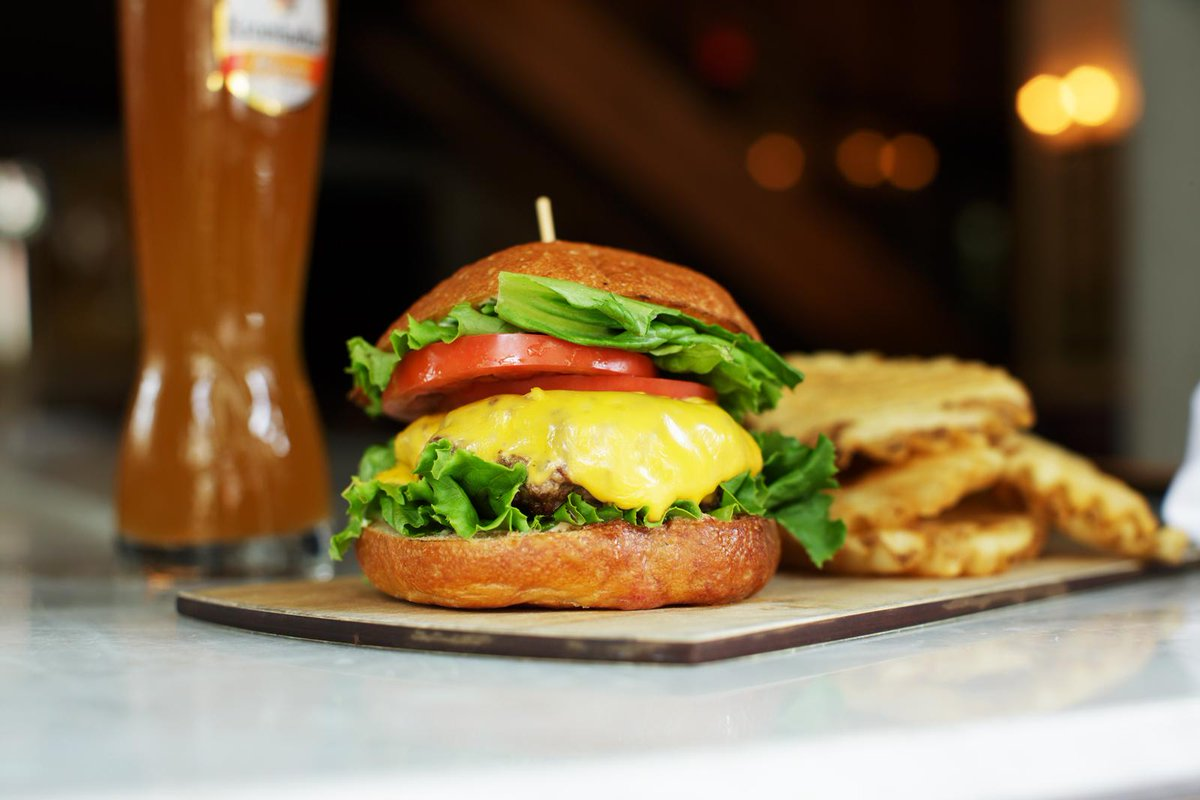 Eat up + drink. Celebrate #NationalCheeseburgerDay with a side of fries at @thechester_ .  http://t.co/iwnRI4sYKq http://t.co/yAiuTXVaGo