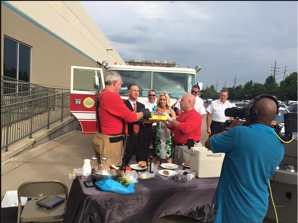 So much fun with the captains!!!! Thanks Captain Lewis and Captain Harper and @FOX2now! See you at the Taste! http://t.co/rMQZ5h0h0o