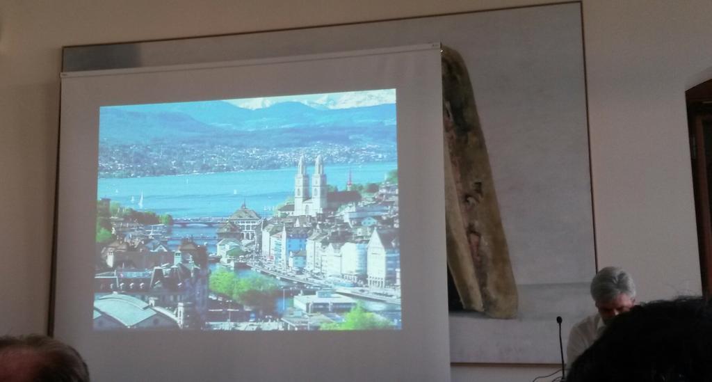 Nach fünf Jahren Funkstille. 2nd tweet. @sfkeller verkehrt Zürich. #geobeer http://t.co/JzFqaUiN8w